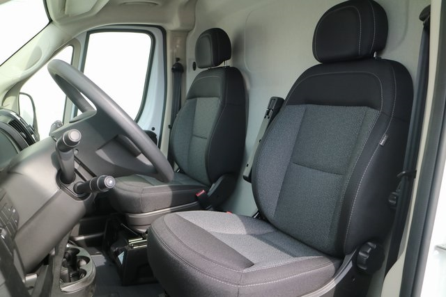 2018 ProMaster 3500 High Roof FWD,  Empty Cargo Van #M181366 - photo 9