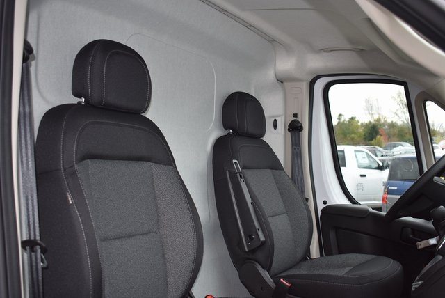 2018 ProMaster 3500 High Roof FWD,  Empty Cargo Van #M181367 - photo 27