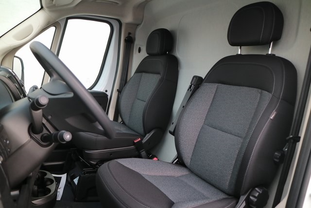 2018 ProMaster 3500 High Roof FWD,  Empty Cargo Van #M181381 - photo 10
