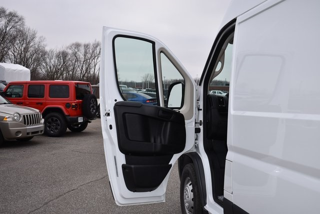 2018 ProMaster 3500 High Roof FWD,  Empty Cargo Van #M181447 - photo 22