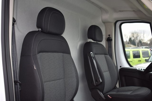 2018 ProMaster 3500 High Roof FWD,  Empty Cargo Van #M181458 - photo 28
