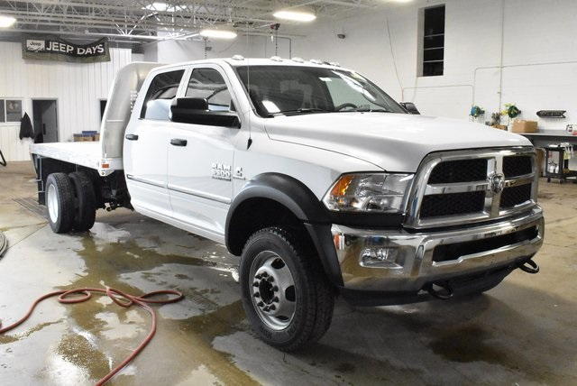2018 Ram 5500 Crew Cab DRW 4x4,  Knapheide Platform Body #M181474 - photo 7