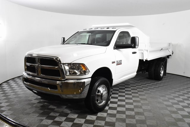 2018 Ram 3500 Regular Cab DRW 4x2,  Knapheide Dump Body #M181475 - photo 7
