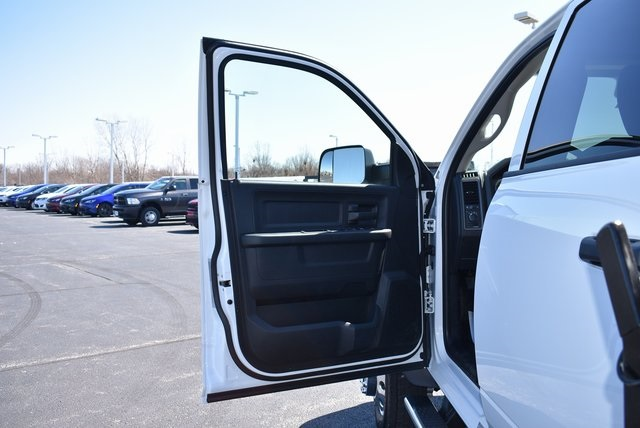 2018 Ram 5500 Crew Cab DRW 4x4,  Rugby Dump Body #M181517 - photo 16