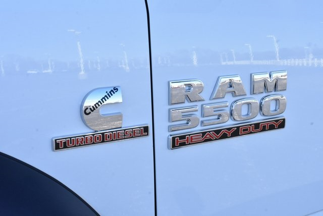 2018 Ram 5500 Crew Cab DRW 4x4,  Rugby Dump Body #M181517 - photo 31