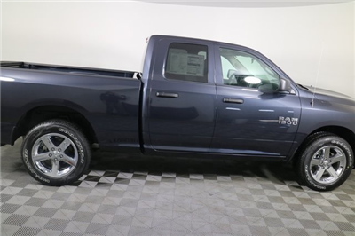 2018 Ram 1500 Quad Cab 4x4, Pickup #M18231 - photo 6