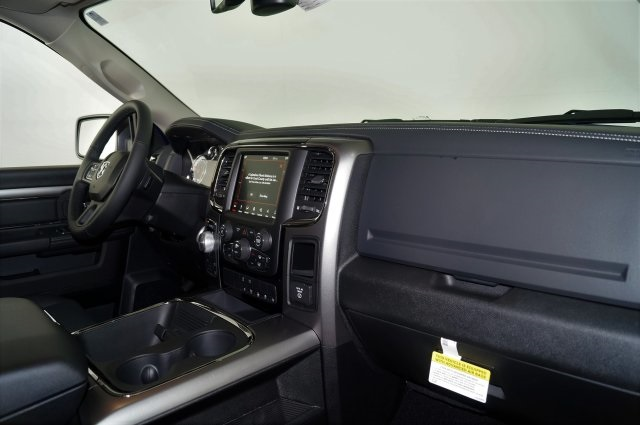 2018 Ram 1500 Crew Cab 4x4 Pickup #M18236 - photo 44