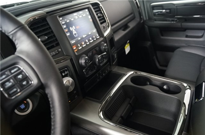 2018 Ram 1500 Crew Cab 4x4 Pickup #M18236 - photo 26