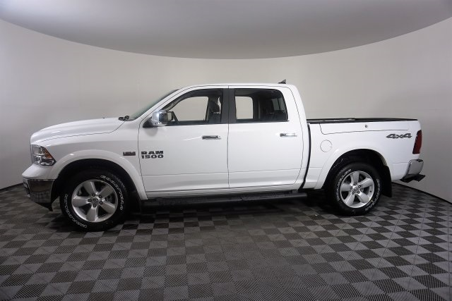 2018 Ram 1500 Crew Cab 4x4, Pickup #M18500 - photo 3