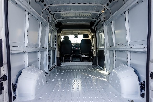 2018 ProMaster 2500 High Roof 4x2,  Empty Cargo Van #M18509 - photo 2