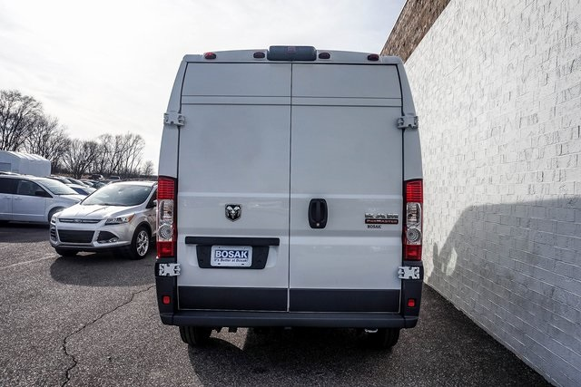 2018 ProMaster 2500 High Roof 4x2,  Empty Cargo Van #M18509 - photo 9