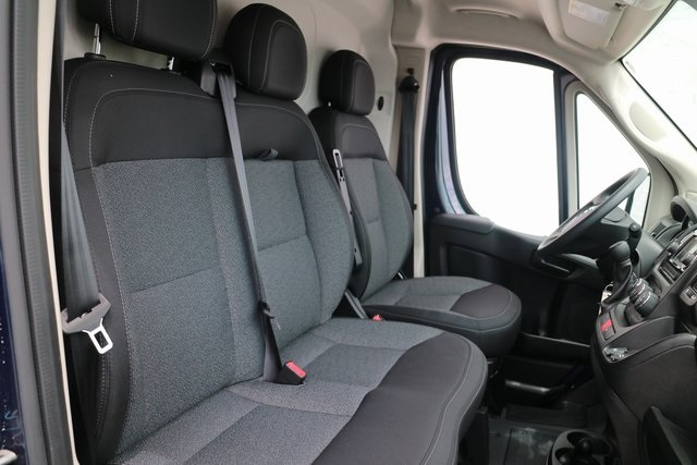2018 ProMaster 2500 High Roof 4x2,  Empty Cargo Van #M18542 - photo 17
