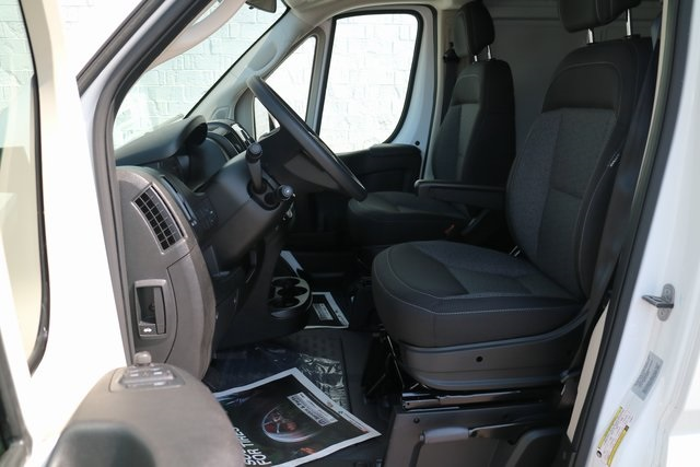 2018 ProMaster 2500 High Roof 4x2,  Empty Cargo Van #M18916 - photo 16