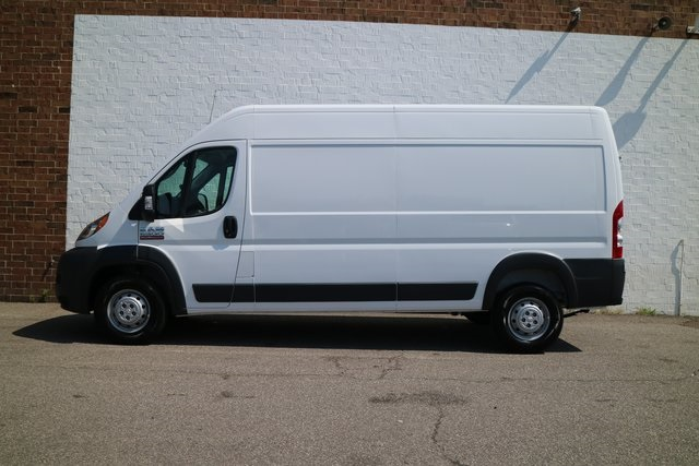 2018 ProMaster 2500 High Roof 4x2,  Empty Cargo Van #M18916 - photo 3