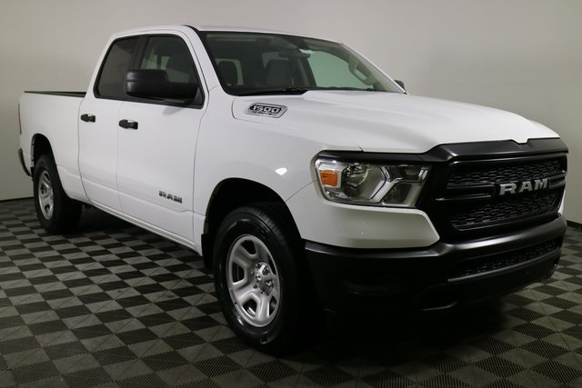 2019 Ram 1500 Quad Cab 4x4,  Pickup #M19052 - photo 7