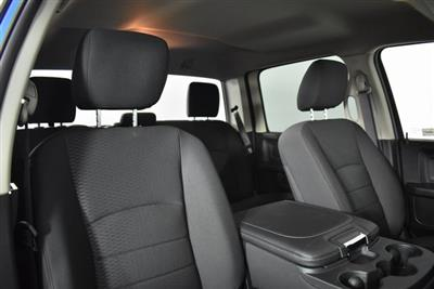 2019 Ram 1500 Crew Cab 4x4, Pickup #M191033 - photo 31