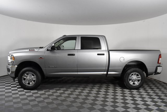 2019 Ram 3500 Crew Cab 4x4, Pickup #M191074 - photo 3