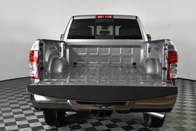 2019 Ram 3500 Crew Cab 4x4, Pickup #M191074 - photo 36