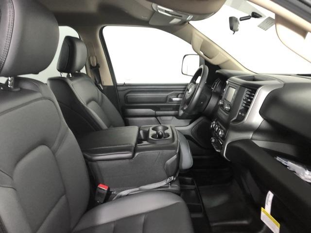 2019 Ram 1500 Crew Cab 4x4,  Pickup #M191079 - photo 31