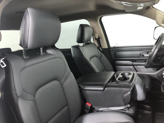 2019 Ram 1500 Crew Cab 4x4,  Pickup #M191079 - photo 32