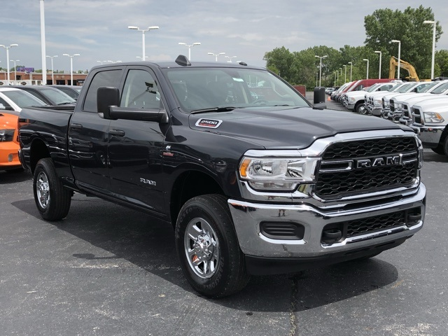 2019 Ram 2500 Crew Cab 4x4, Pickup #M191100 - photo 7