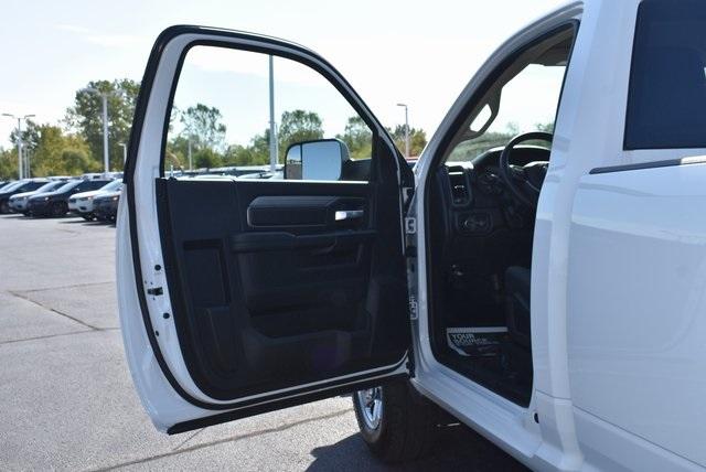2019 Ram 2500 Regular Cab 4x4, BOSS Snowplow Pickup #M191166 - photo 23