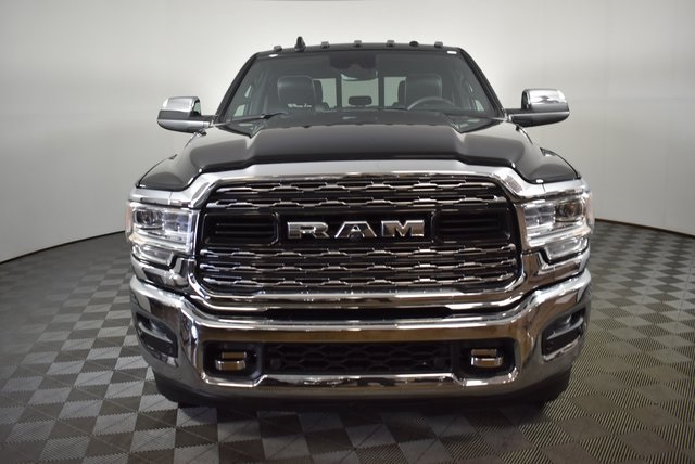 2019 Ram 3500 Crew Cab DRW 4x4,  Pickup #M191213 - photo 6