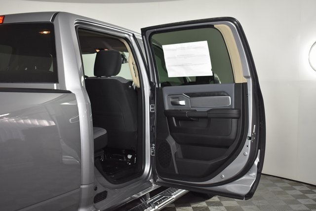 2019 Ram 3500 Crew Cab 4x4,  Pickup #M191242 - photo 31