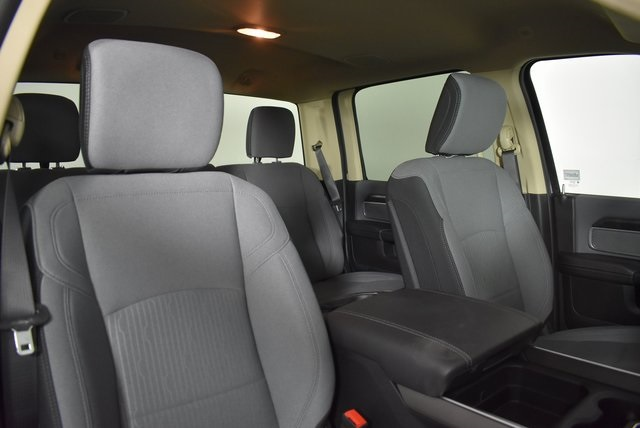 2019 Ram 3500 Crew Cab 4x4,  Pickup #M191242 - photo 32