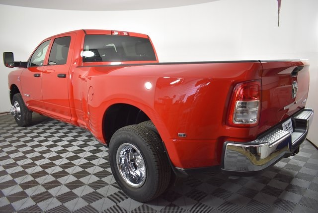 2019 Ram 3500 Crew Cab DRW 4x4, Pickup #M191352 - photo 2