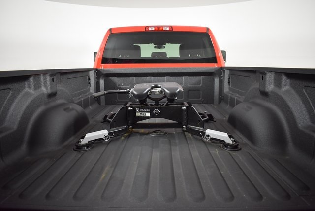 2019 Ram 3500 Crew Cab DRW 4x4, Pickup #M191352 - photo 35