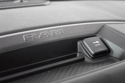 2019 Ram 3500 Crew Cab DRW 4x4, Pickup #M191352 - photo 17