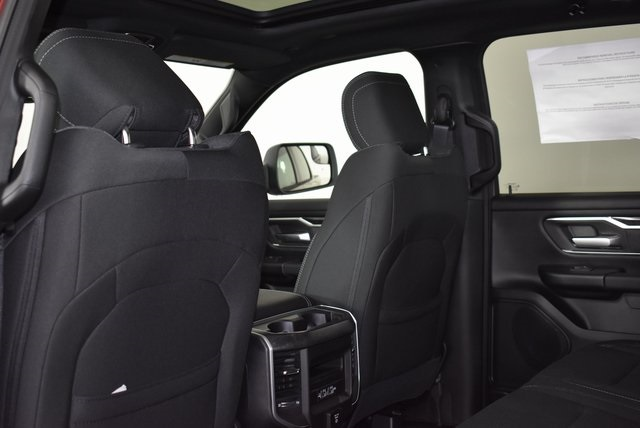 2019 Ram 1500 Crew Cab 4x4, Pickup #M191373 - photo 29