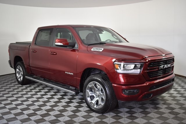 2019 Ram 1500 Crew Cab 4x4, Pickup #M191373 - photo 7