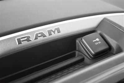 2019 Ram 1500 Crew Cab 4x4, Pickup #M191373 - photo 20