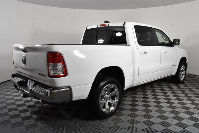 2019 Ram 1500 Crew Cab 4x4, Pickup #M191386 - photo 5