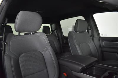 2019 Ram 1500 Crew Cab 4x4, Pickup #M191386 - photo 34