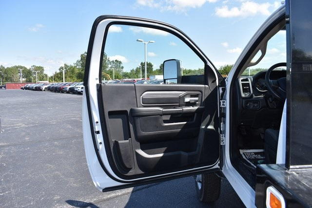 2019 Ram 5500 Regular Cab DRW 4x2,  Knapheide Value-Master X Platform Body #M191398 - photo 24