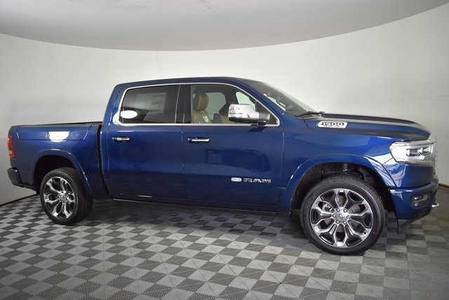 2019 Ram 1500 Crew Cab 4x4, Pickup #M191448 - photo 6
