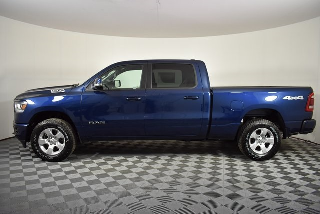 2019 Ram 1500 Crew Cab 4x4, Pickup #M191473 - photo 3