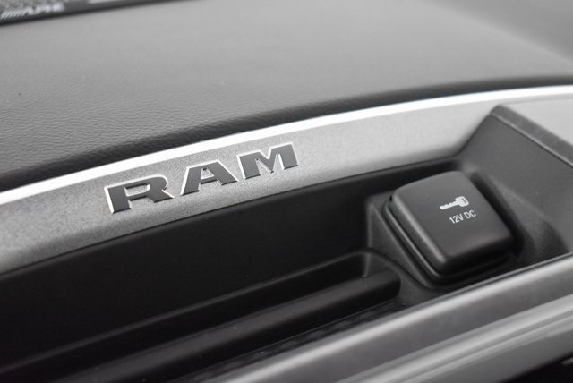 2019 Ram 1500 Crew Cab 4x4, Pickup #M191549 - photo 20