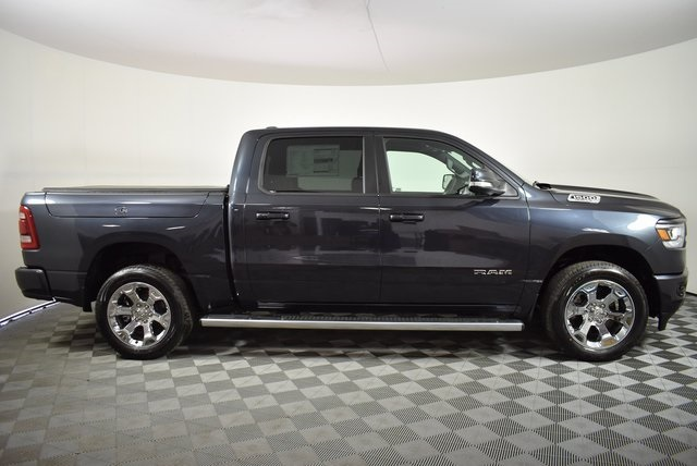 2019 Ram 1500 Crew Cab 4x4, Pickup #M191549 - photo 6