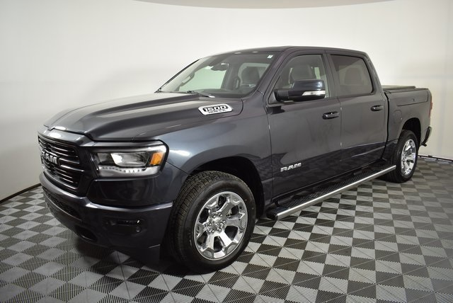 2019 Ram 1500 Crew Cab 4x4, Pickup #M191549 - photo 9