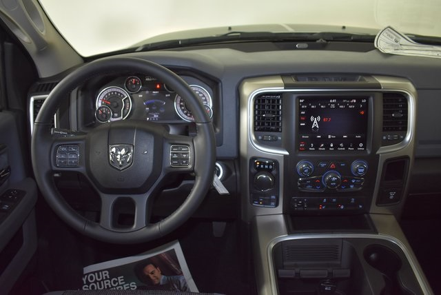 2019 Ram 1500 Crew Cab 4x4, Pickup #M191550 - photo 12