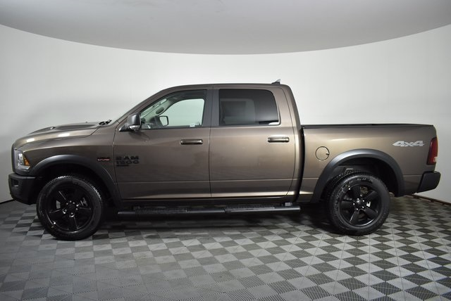 2019 Ram 1500 Crew Cab 4x4, Pickup #M191550 - photo 3