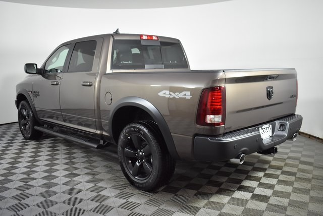 2019 Ram 1500 Crew Cab 4x4, Pickup #M191550 - photo 2
