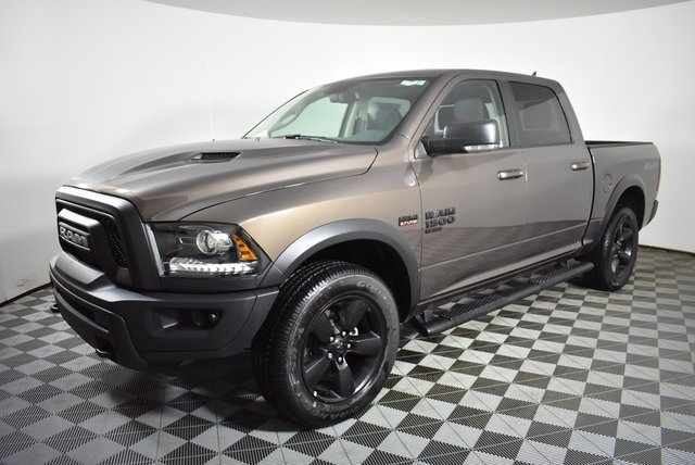 2019 Ram 1500 Crew Cab 4x4, Pickup #M191550 - photo 9