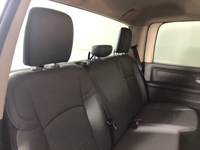 2019 Ram 3500 Crew Cab DRW 4x4, Reading Classic II Steel Service Body #M191572 - photo 20