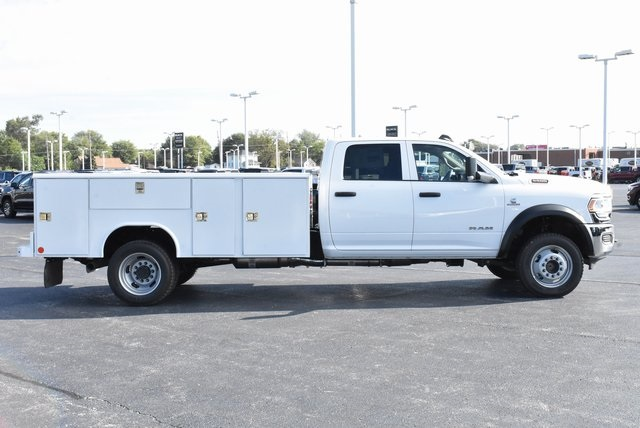2019 Ram 5500 Crew Cab DRW 4x4, Reading Classic II Steel Service Body #M191645 - photo 6