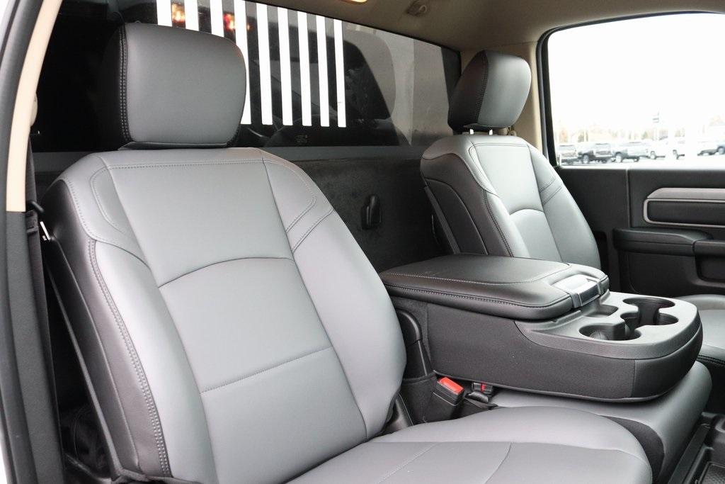 2019 Ram 3500 Regular Cab DRW 4x4, Imperial Dump Body #M191686 - photo 23